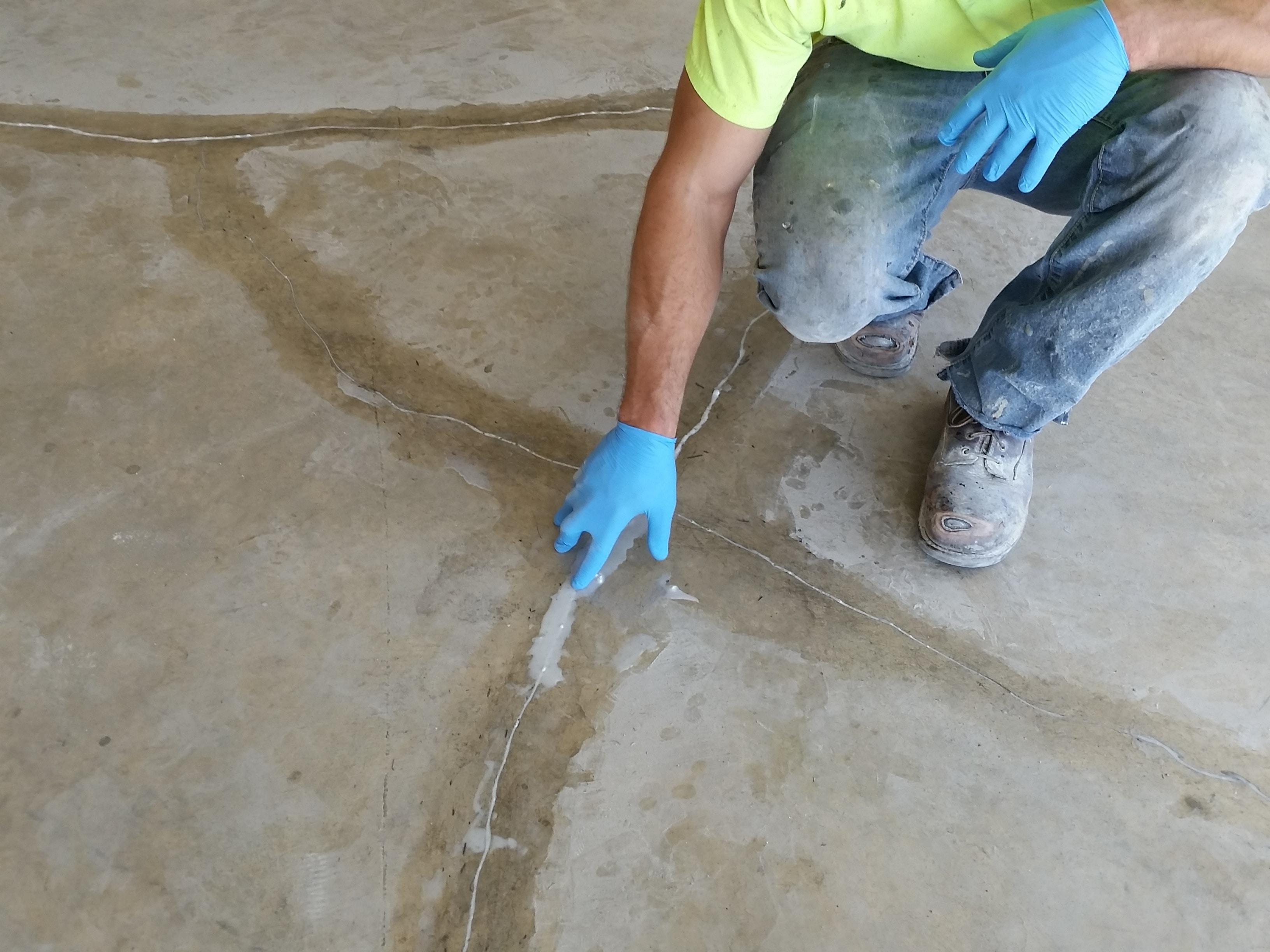slab cracked floors repair pinterest pin patio floor concrete diy fixing garage a crack